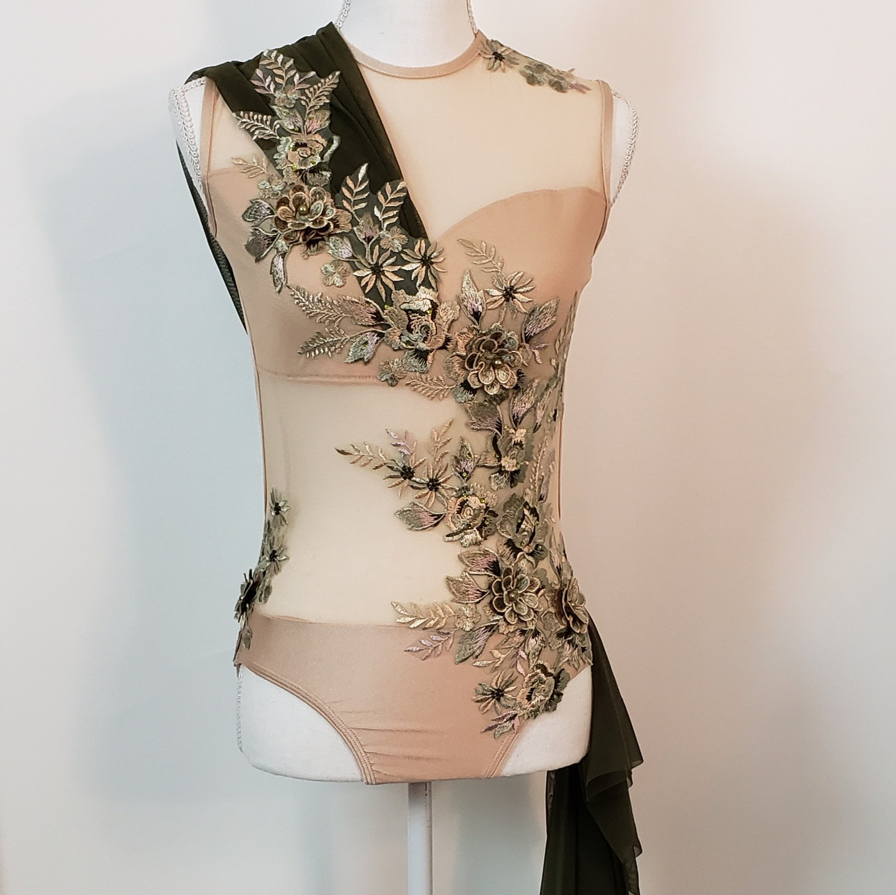 Earthy lyrical costume adult XS